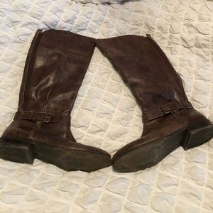 Brown knew high boots. Size 9